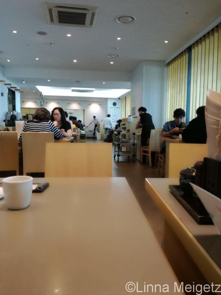 ソウル駅の韓国料理屋の店内