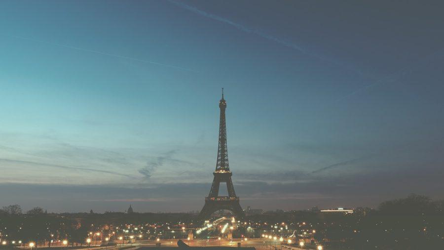 パリのエッフェル塔の写真