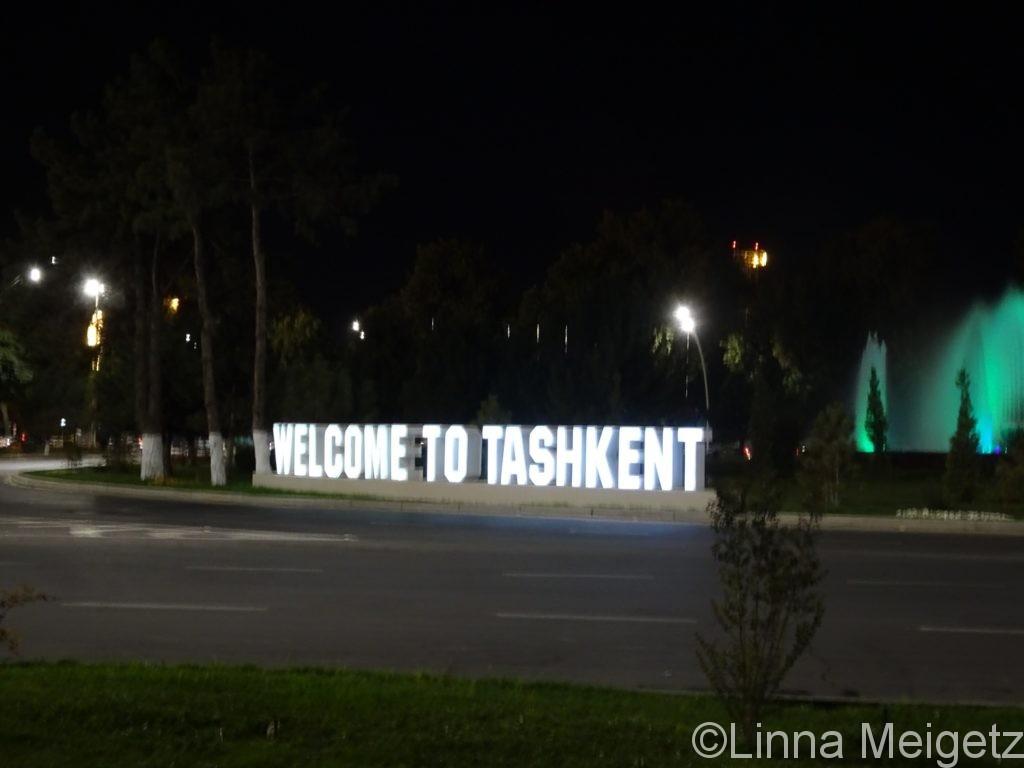 「Welcome to Tashkent」という文字