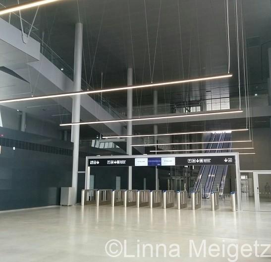 ヘルシンキの西ターミナル港(Länsiterminaali)の内部の写真