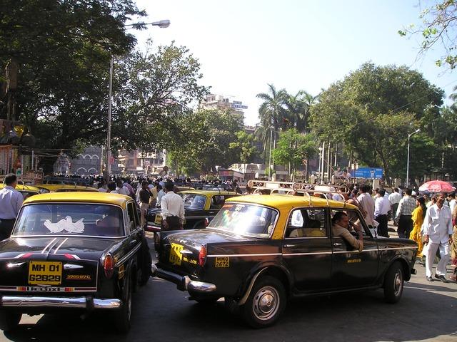 ムンバイのタクシー乗り場の写真