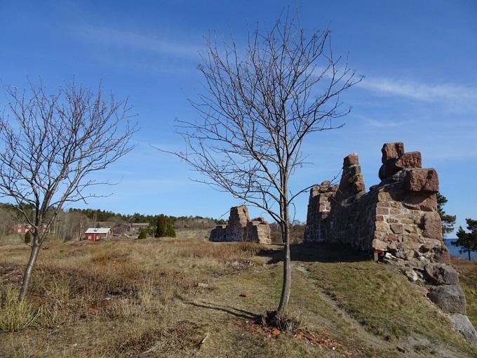 住んだ青空の下のボマルスンド要塞