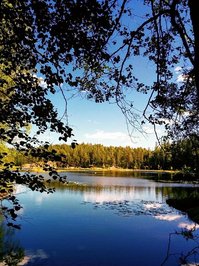 ヌークシオ国立公園の湖