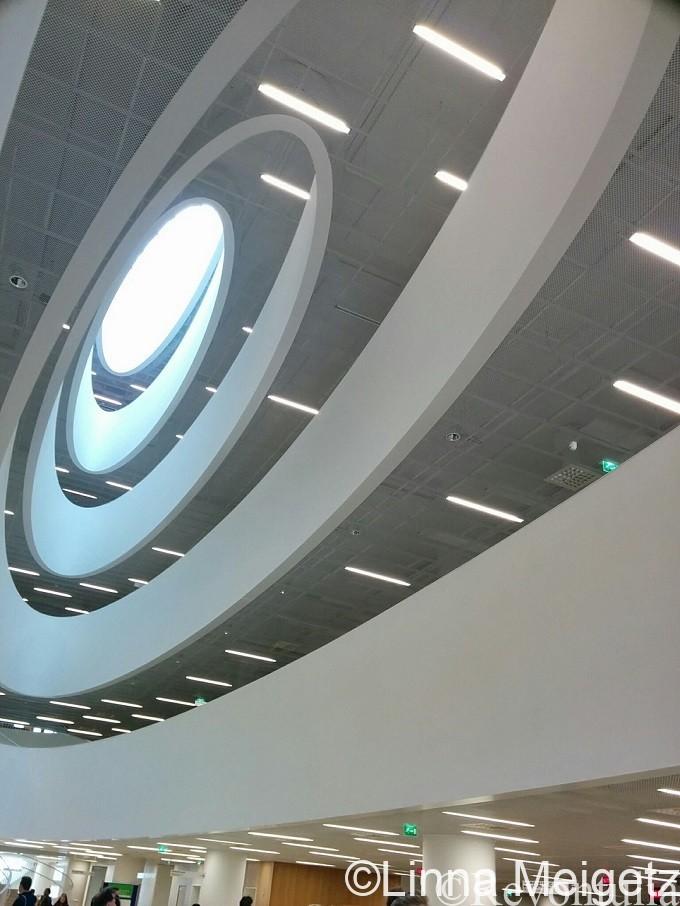 ヘルシンキ大学図書館の内部