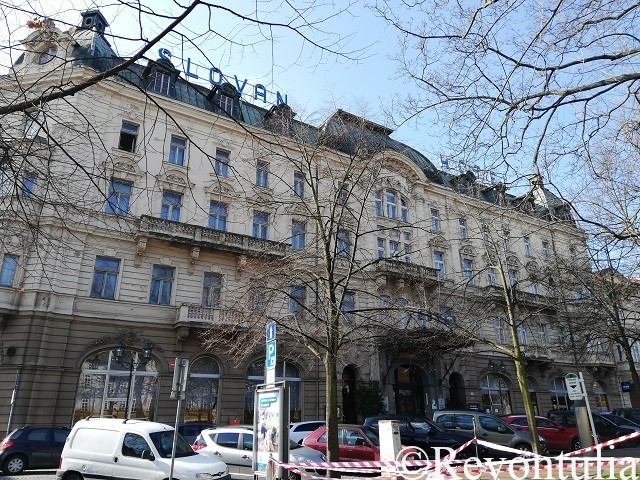 Hotel Slovan Plzeňの外観