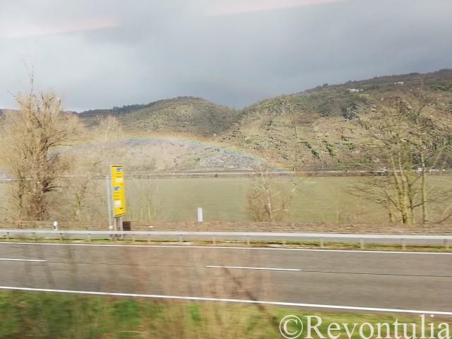 ライン川にかかる虹