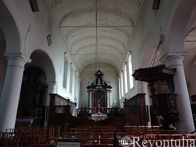 ブルッヘのベギン修道会構内にある教会内部