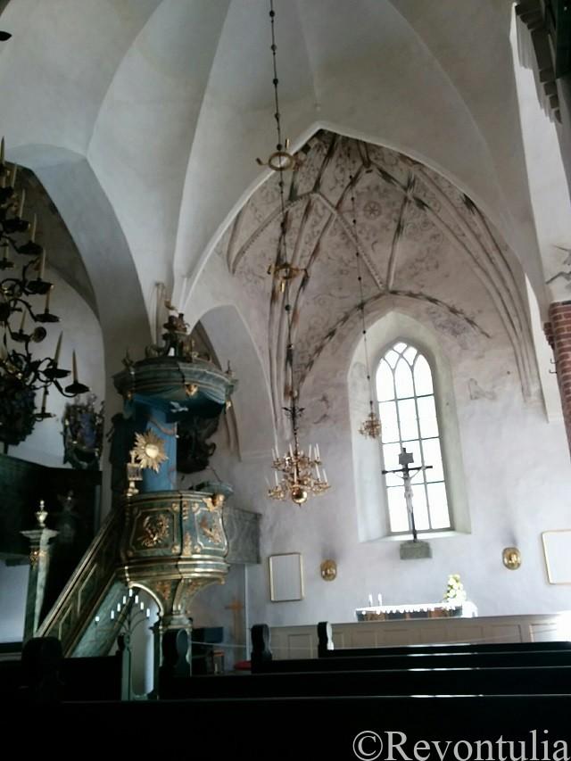 ポルヴォー大聖堂の内部