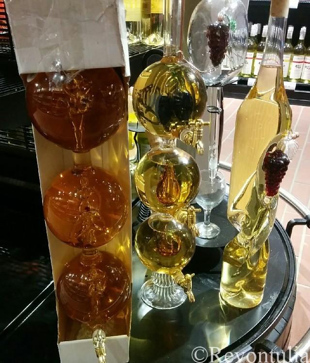 ワインショップのトカイワインの写真