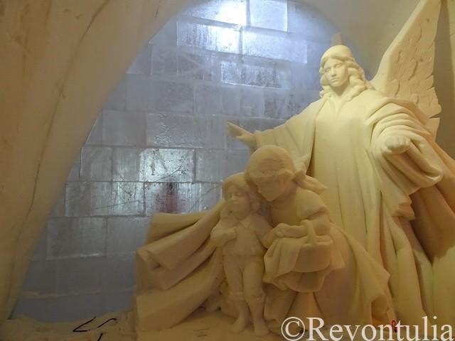 ルミリンナの天使の彫刻