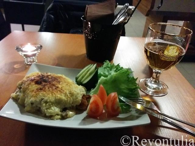サヴォンリンナのホテルの夕食で食べたオムレツ