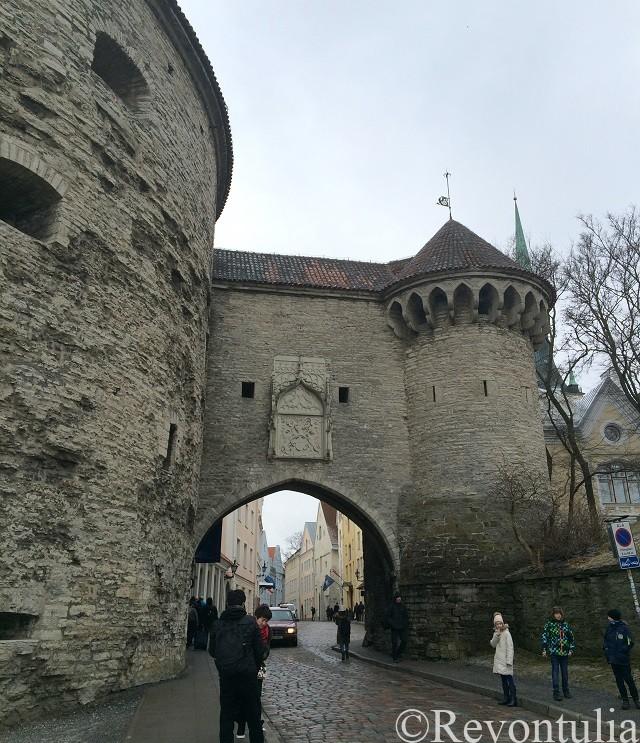 「太っちょマルガレータ」のある城門