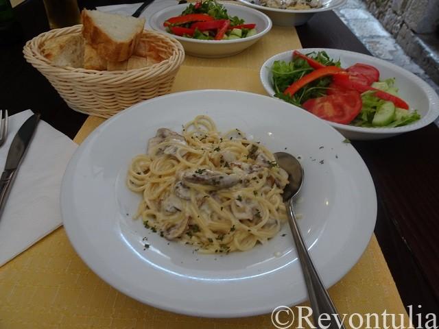 ドゥブロヴニクでランチに食べたパスタ