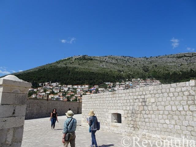 城壁内の通り