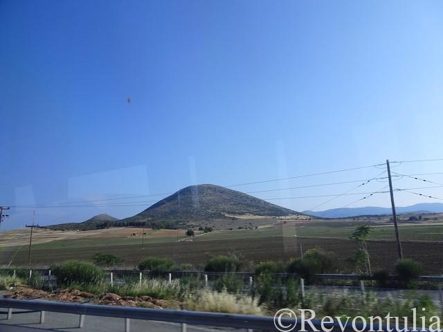 アテネからメテオラまでの道