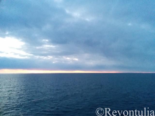 夕暮れのバルト海