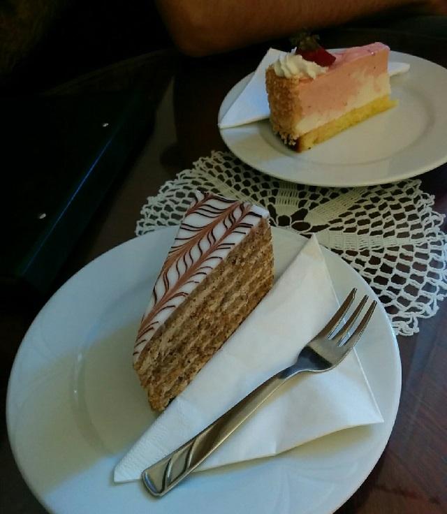 ブダペストのカフェのケーキ