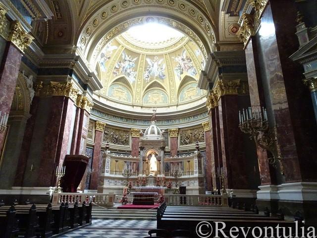 ブダペストの聖イシュトヴァーン大聖堂の祭壇
