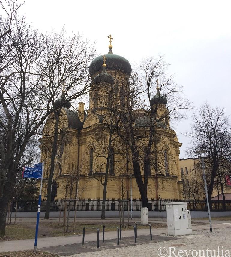 ワルシャワのプラーガ地区のマグダラのマリア教会