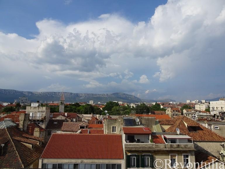 スプリットのディオクレティアヌス宮殿の鐘楼から見た旧市街