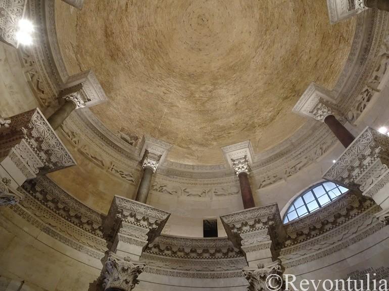 スプリットのディオクレティアヌス宮殿の大聖堂