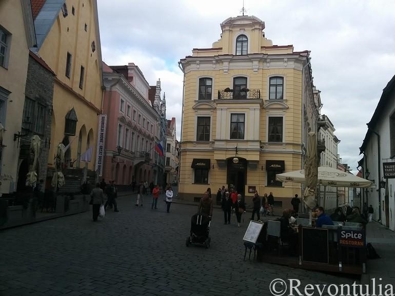 タリン最古のカフェMaiasmokkの外観