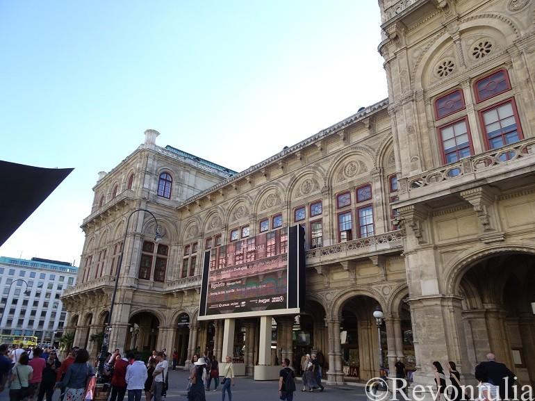 ウィーンの歌劇場