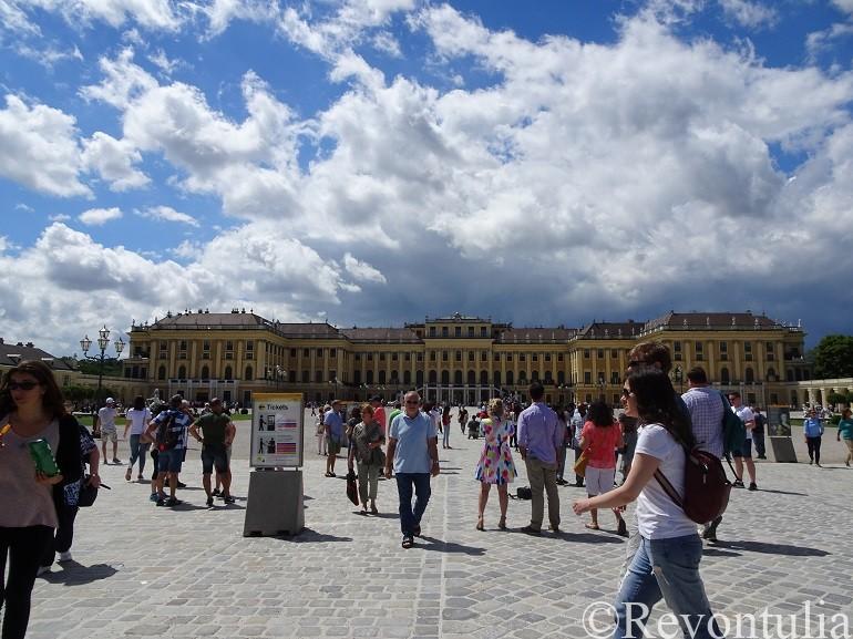 シェーンブルン宮殿外観